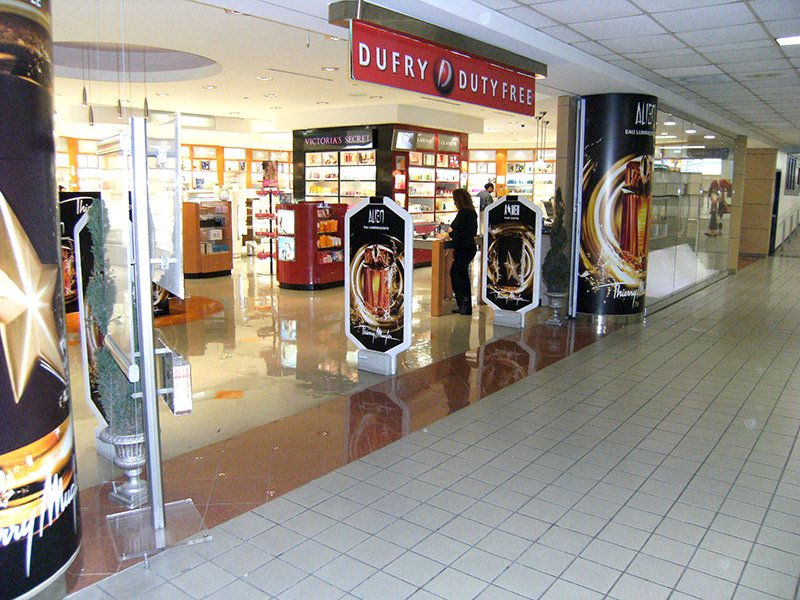 pillar wraps and banners